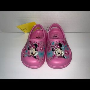 Minnie Mouse size 7/8 pink clogs new Disney